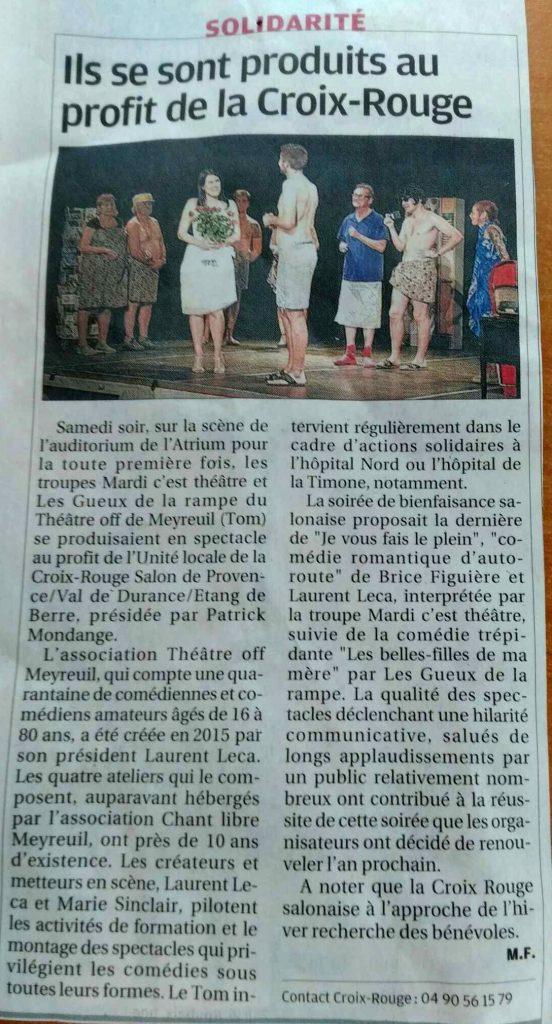 photo de l'article de La Provence sur le déplacement de Théâtre Off Meyreuil au profit de la Croix Rouge.